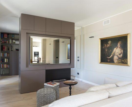 Produzione mobili su misura per case e appartamenti cn for Arredamenti piemonti carate brianza